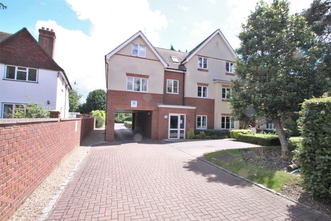 Thumbnail Flat to rent in 21 Church Road, Uxbridge, Middlesex