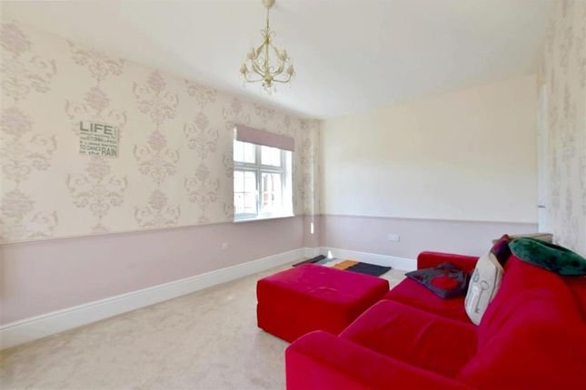 Thumbnail Detached house for sale in Tippen Way, Marden, Kent