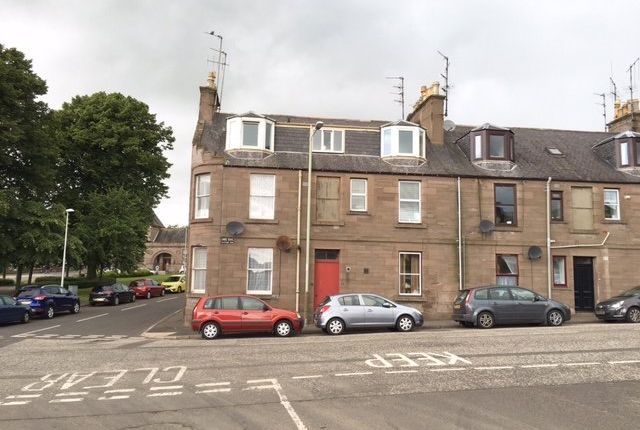 Thumbnail Flat to rent in Park Road, Brechin