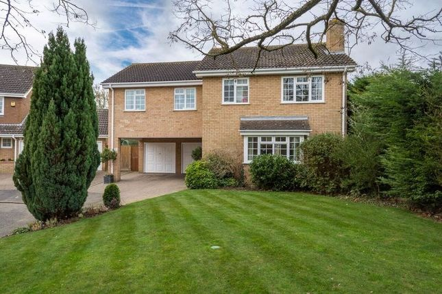 Thumbnail Detached house for sale in Huxley Close, Newport Pagnell
