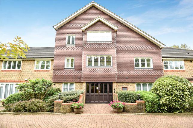 Picture No. 14 of Skillen Lodge, 552 Uxbridge Road, Pinner HA5