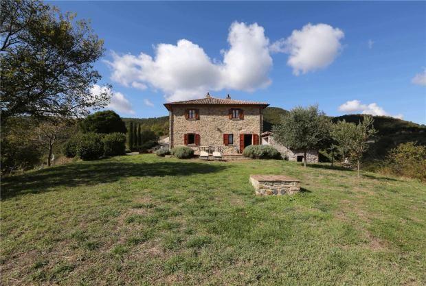 Picture No. 01 of Casa Murlo, Preggio, Umbria, Italy