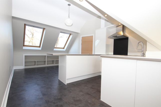 Thumbnail Flat for sale in Washway Road, Sale
