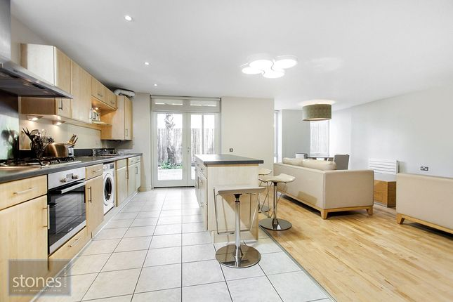 Thumbnail Flat to rent in Boundary House, Queensdale Crescent, London