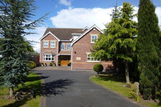 Thumbnail Detached house for sale in Doncaster Road, Westwoodside, Doncaster