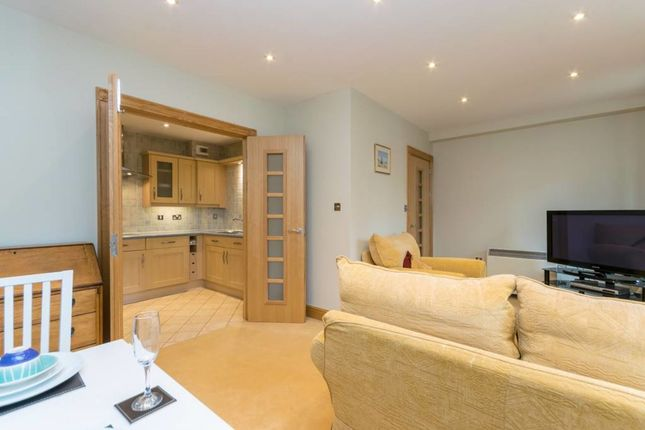 Flat to rent in Foregate Street, Chester