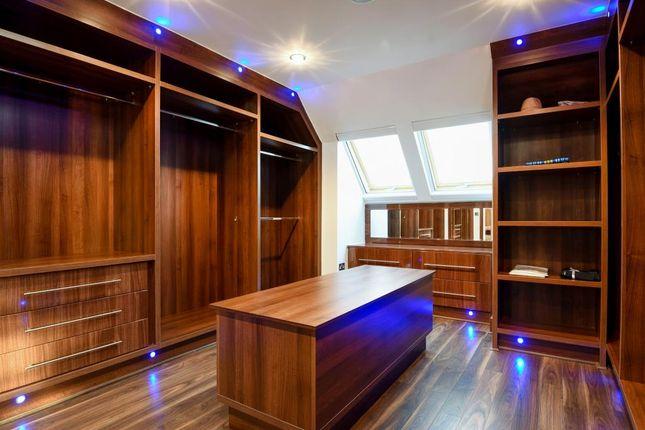 Dressing Room of Beechwood Avenue, Finchley N3,