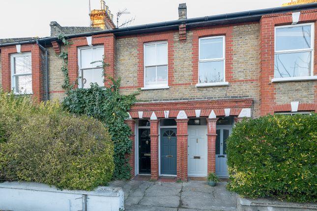 Maisonette for sale in Glentham Road, London