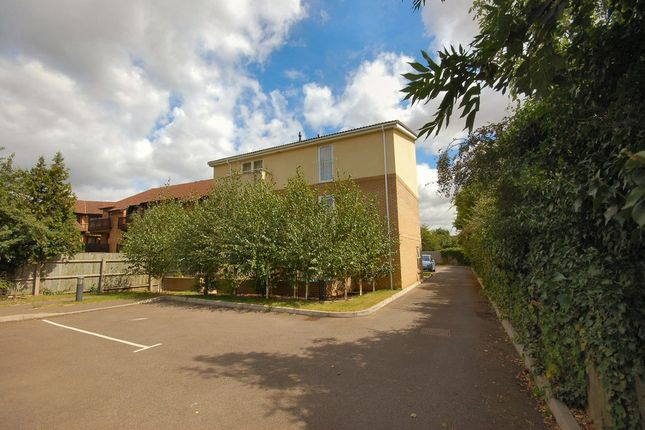 Thumbnail Flat to rent in The Wickets, High Street, Trumpington, Cambridge