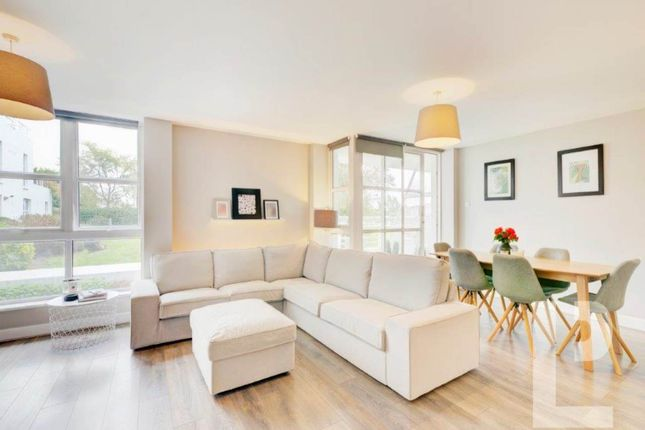 Thumbnail Flat for sale in Barrier Point Road, Royal Docks, London