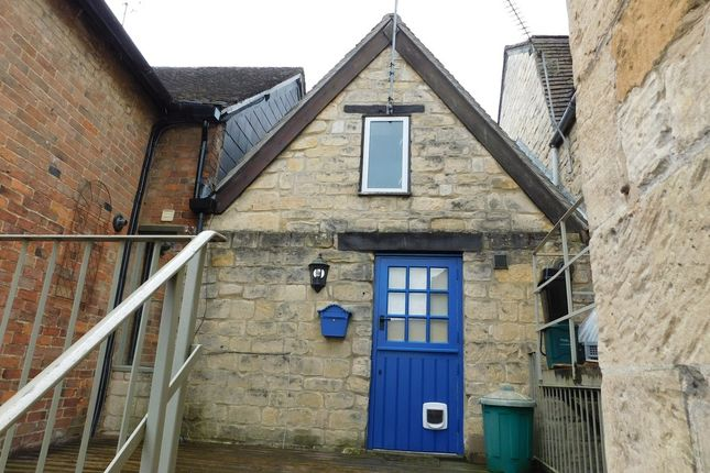 Thumbnail Flat to rent in High Street, Winchcombe, Cheltenham