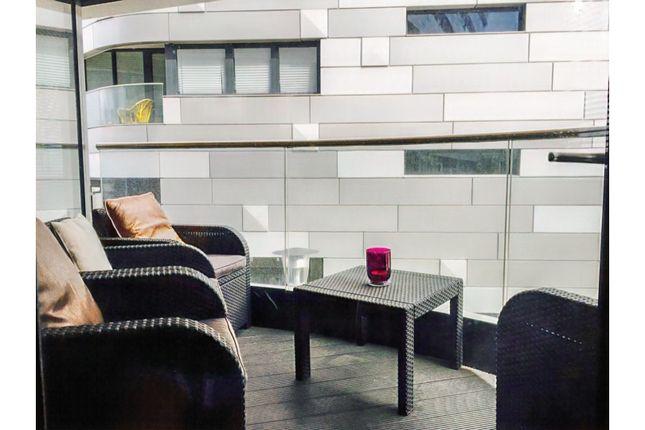 Balcony of 4 Lambarde Square, Greenwich SE10