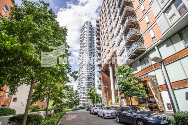 1 bed flat to rent in Ontario Tower, Canary Wharf
