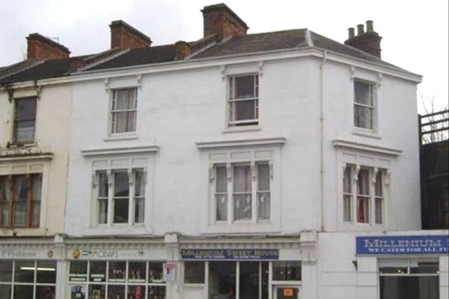 Thumbnail Flat to rent in High Street, Leamington Spa