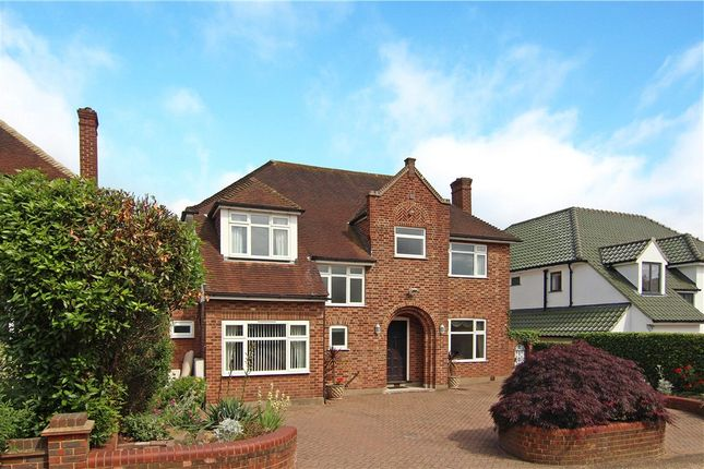 Thumbnail Detached house to rent in Orchard Rise, Coombe Hill