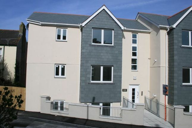 Thumbnail Flat to rent in Windsor Terrace, Falmouth