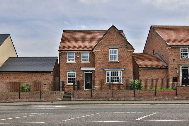 Thumbnail Detached house for sale in Merthyr Road, Llanfoist, Abergavenny