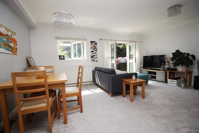 Living Room of Wingrove Road, Reading RG30