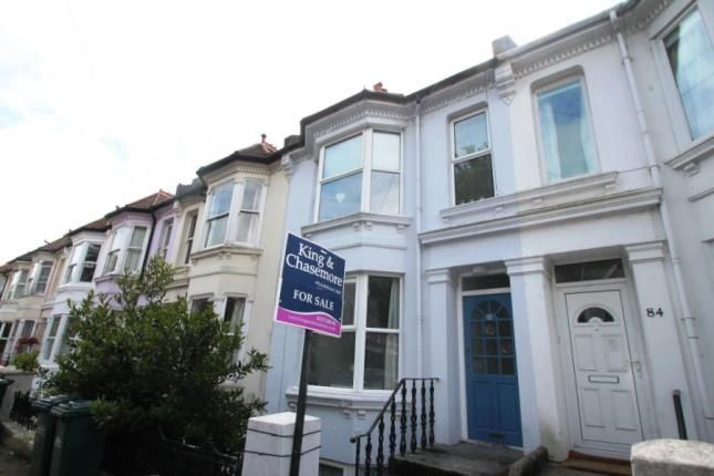 2 bed maisonette for sale in Hythe Road, Brighton, East Sussex