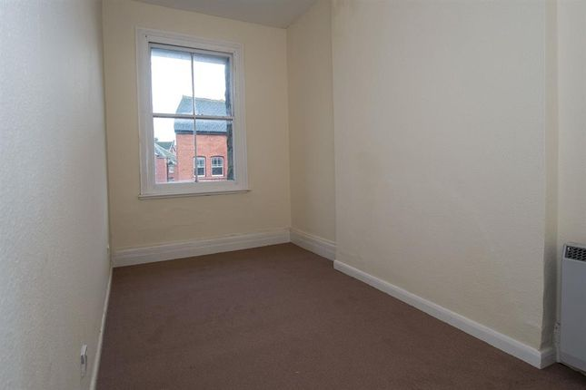 Bedroom of 2 Commerce House, Station Crescent, Llandrindod Wells LD1