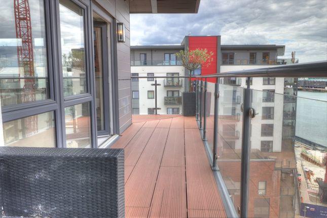 Balcony of Centenary Plaza, Southampton SO19