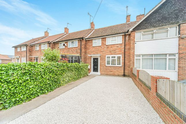 Thumbnail Terraced house to rent in Stapleford Close, Hull