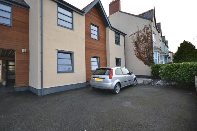 Thumbnail Flat for sale in Dolhyfryd Court, Abergele
