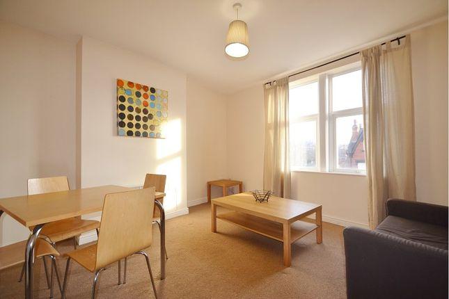 Thumbnail Flat to rent in Roundhay Mount, Leeds
