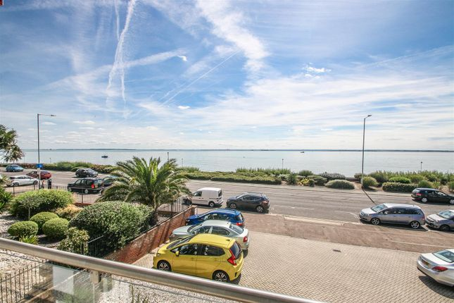 Flat for sale in Leastone, The Leas, Chalkwell