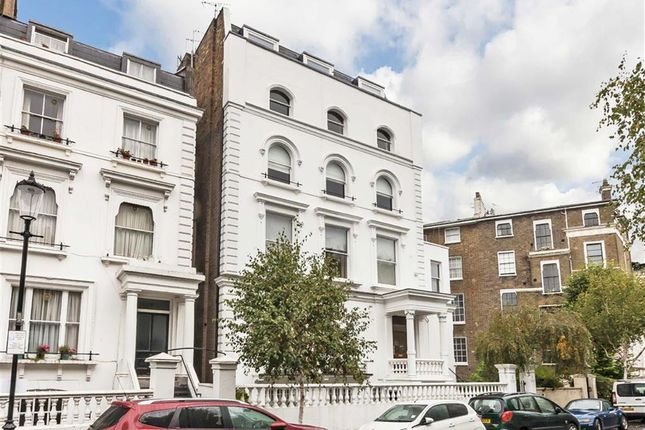 Thumbnail Flat to rent in Pembridge Crescent, London