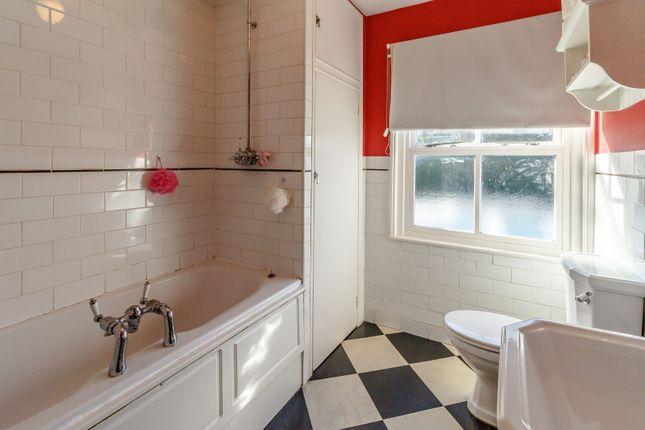 Bathroom of Chestnut Road, Guildford GU1