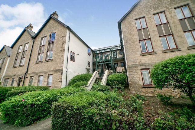 2 bed flat to rent in West View, Blaydon-On-Tyne NE21