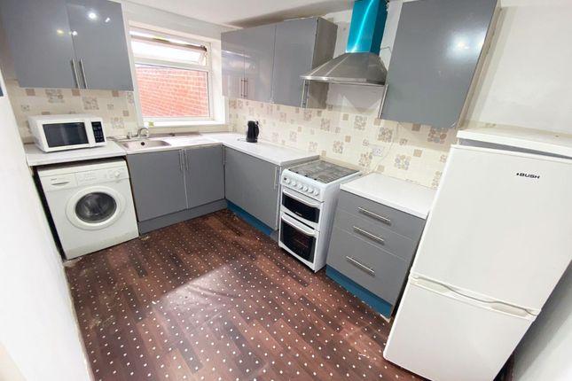 Thumbnail Flat to rent in Randal Street, Blackburn