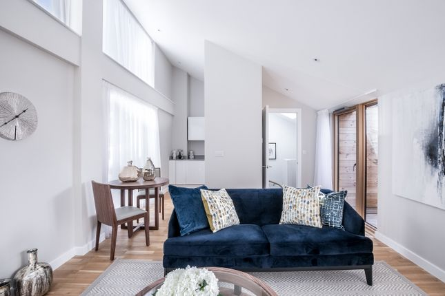Thumbnail Flat for sale in St Mark's Square, Bromley
