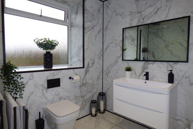 Bathroom/WC of Hope Street, Morecambe LA4