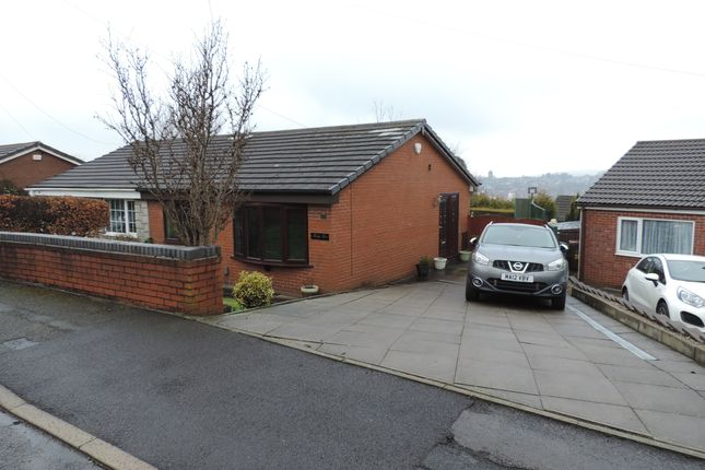 Thumbnail Semi-detached bungalow to rent in Kendal Drive, Shaw, Oldham