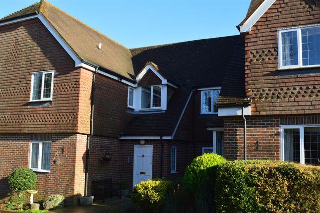 Thumbnail Flat to rent in Mount Ephraim, Tunbridge Wells