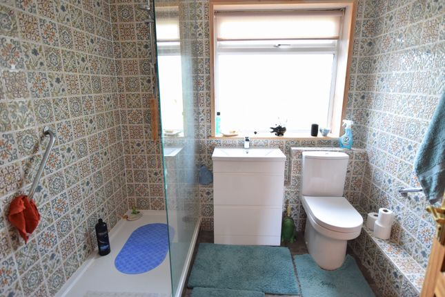 Shower Room of The Square, Pevensey Bay BN24