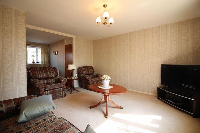 Lounge of Jocelyns, Old Harlow CM17