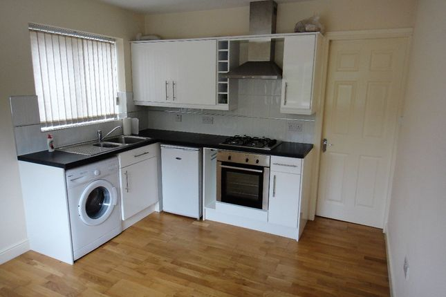 Thumbnail Flat to rent in Bracken Street, Fenton, Stoke-On-Trent