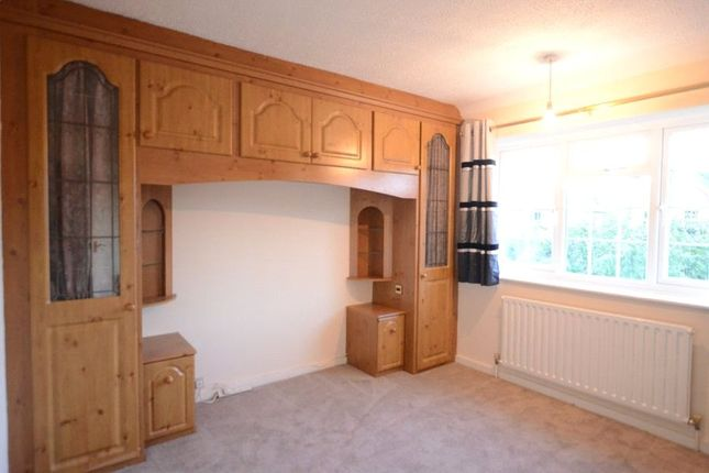 Bedroom 2 of The Broadway, Sandhurst, Berkshire GU47
