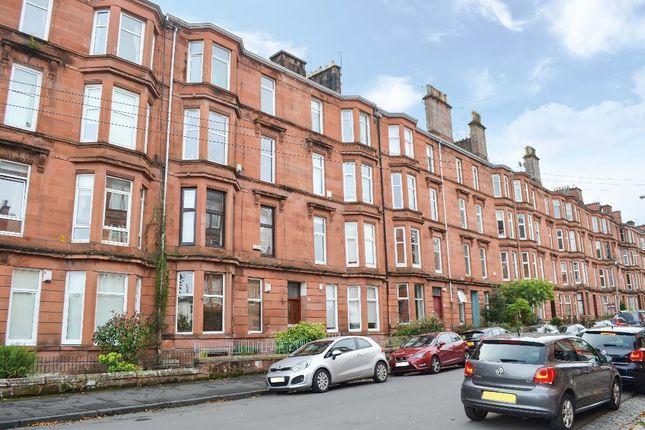 Thumbnail Flat for sale in Waverley Street, Flat 3/1, Shawlands, Glasgow
