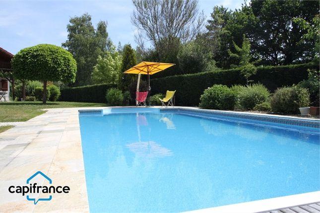 Thumbnail Villa for sale in Lorraine, Moselle, Sarrebourg