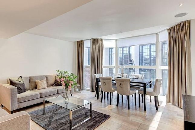 Flat to rent in Imperial House, Young Street