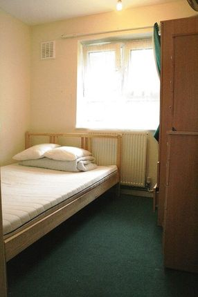 Thumbnail Room to rent in Paul Street, Stratford