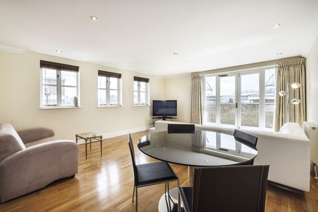 Thumbnail Flat to rent in Folgate Street, London