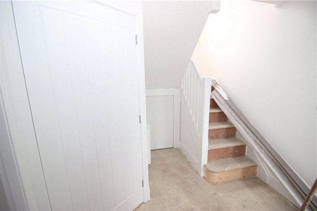 Hallway of Cornwall Road, Derby DE21