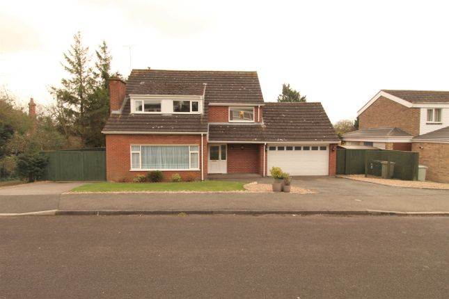 6 bed detached house for sale in St. Marys Park, Louth LN11