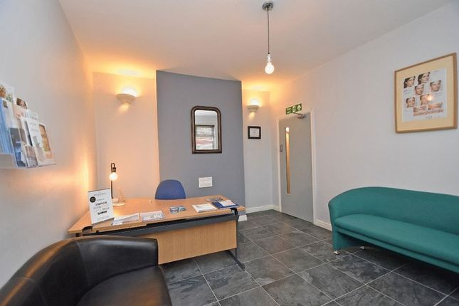 Office to let in Ibbottson Street, Wakefield
