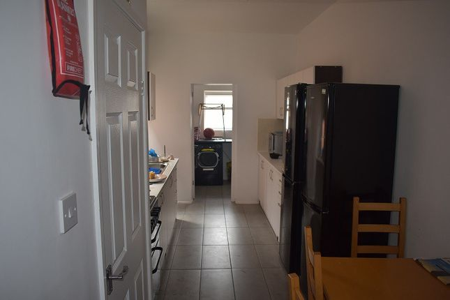 Thumbnail Shared accommodation to rent in Paynes Lane, Coventry, West Midlands